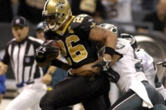 Saints-Eagles-Deuce-McAllister-2006